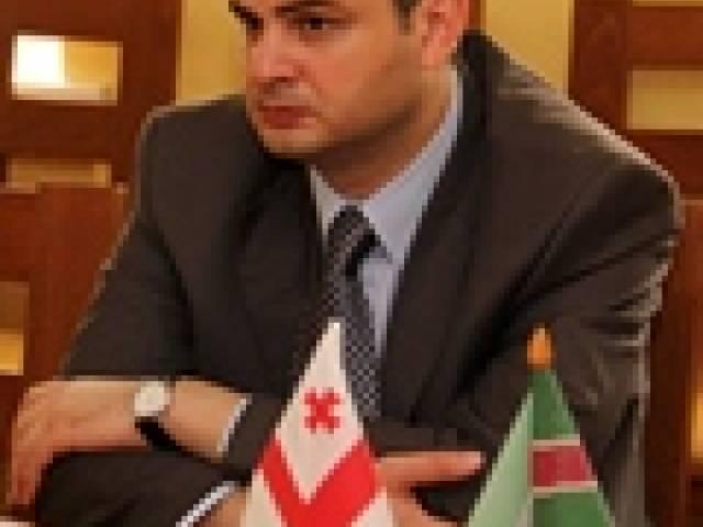 Skrundā viesojas Gruzijas vēstnieks