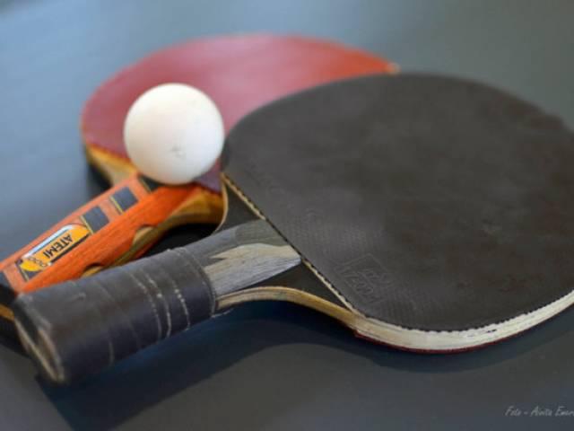 Galda teniss gada nogalē pulcē spēlētājus