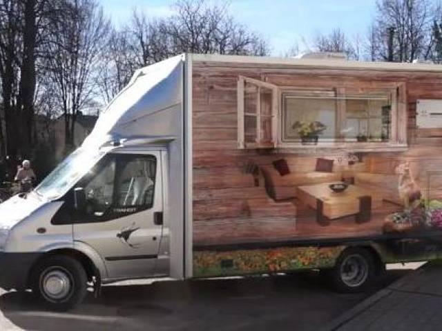 Skrundas novadā jauns transports aprūpei mājās