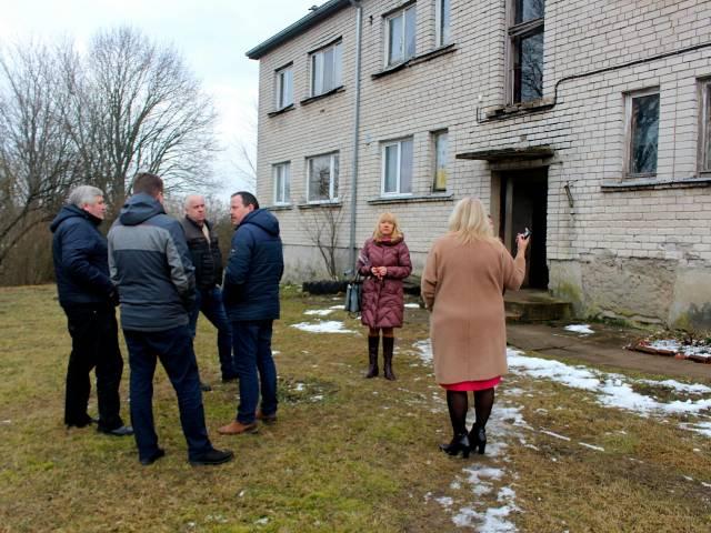 Deinstitucionalizācijas projekta ietvaros plāno veidot grupu dzīvokļus personām ar garīga rakstura traucējumiem